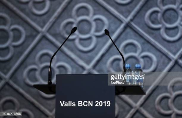 Former French Prime Minister Manuel Valls announces his bid to be mayor of Barcelona at the Centre De cultura Contemporanea de Barcelona on September...