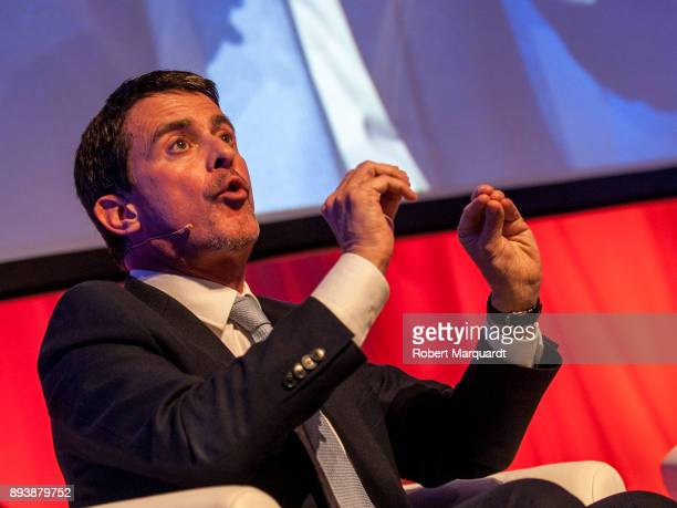 Former French Prime Minister Manuel Valls attends a rally for the Citudans policital party on December 16 2017 in Barcelona Spain The Spanish...