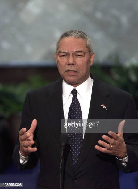 Former General Colin Powell addresses the evening session of the 2000 Republican National Convention in Philadelphia's First Union Center 31 July,...