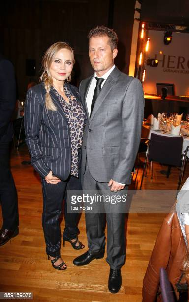 Former German boxing champion Regina Halmich and German actor and producer Til Schweiger attend the German Boxing Awards 2017 on October 8 2017 in...