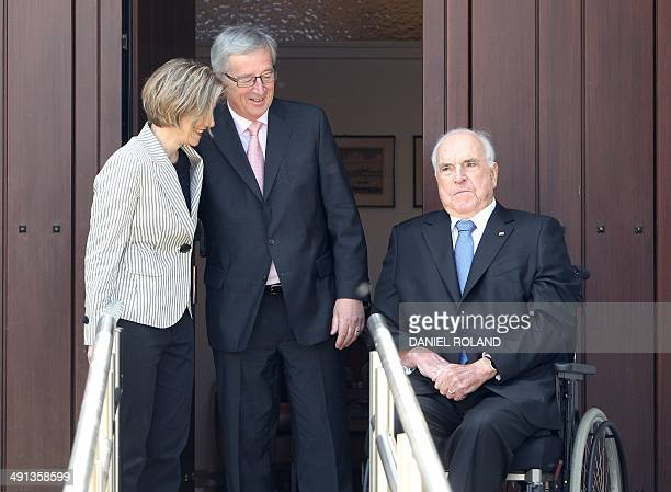Former German chancellor Helmut Kohl , his wife Maike Kohl-Richter and main candidate for the centre-right European People's Party Jean-Claude...