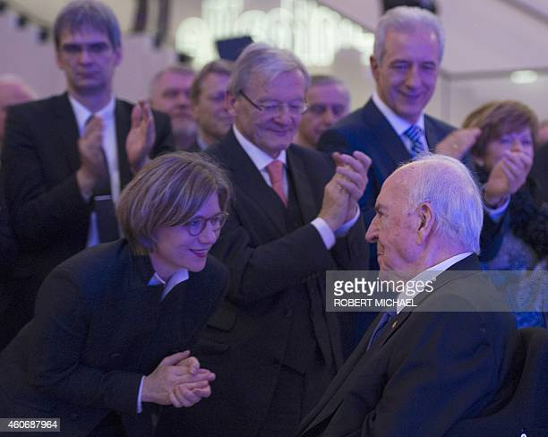 Former German Chancellor Helmut Kohl is applauded by his wife Maike Kohl-Richter , former Austrian Chancellor Wolfgang Schuessel and Prime minister...