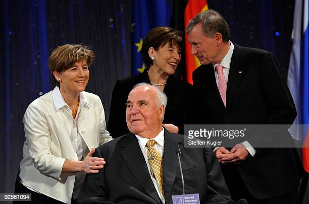 Former German Chancellor Helmut Kohl is surrounded by his wife Maike RichterKohl and German presidential couple Horst and Eva Luise Koehler as he...