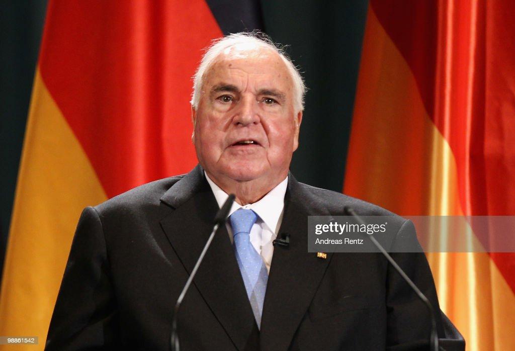 Reception To Celebrate Helmut Kohl's 80th Birthday : News Photo