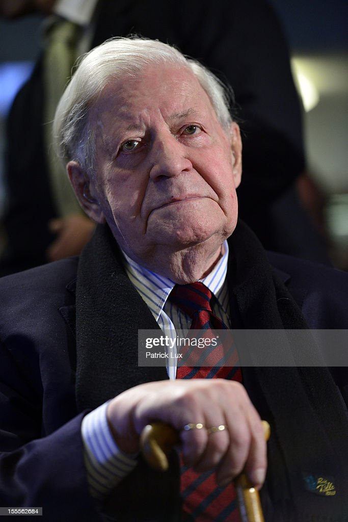 Former German Chancellor Helmut Schmidt attends a ceremony at the Kirchdorf/Wilhelmsburg Gymnasium high school on the day the school officially celebrated its renaming to Helmut Schmidt Gymnasium on November 5, 2012 in Hamburg, Germany. Schmidt was German chancellor from 1974 to 1982 and currently lives in Hamburg.