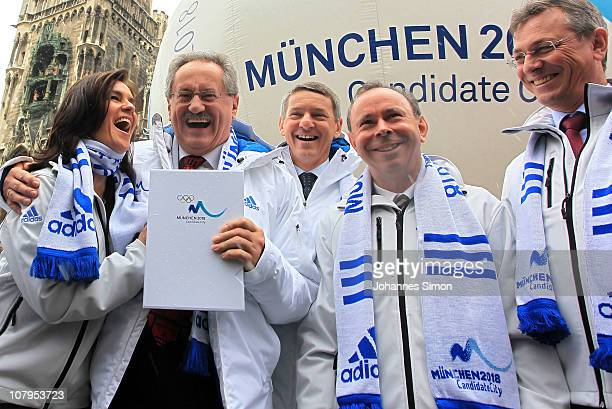 Former German figure skater and chairwoman Munich 2018 Katarina Witt, Munich lord mayor Christian Ude, Garmisch-Partenkirchen lord mayor Thomas...