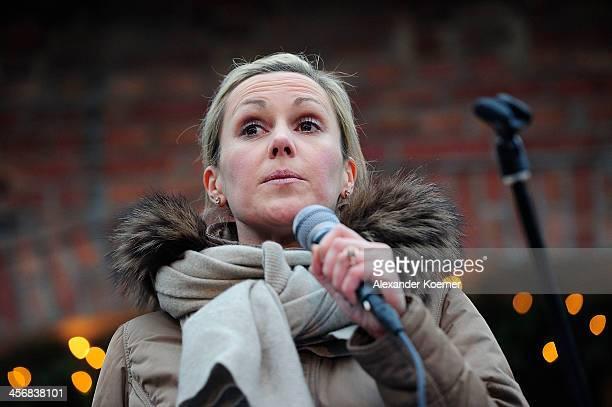 Former German First Lady Bettina Wulff reads her favourite Christmas story 'Pelle Zieht Aus Und Andere Weihnachtsgeschichten' by Astrid Lindgren...