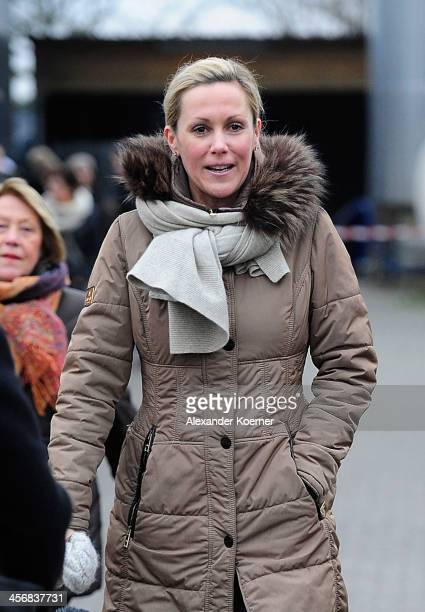 Former German First Lady Bettina Wulff visits the Christmas Fair at Hemme Milchhof on December 15 2013 in Wedemark Germany Only two days before...