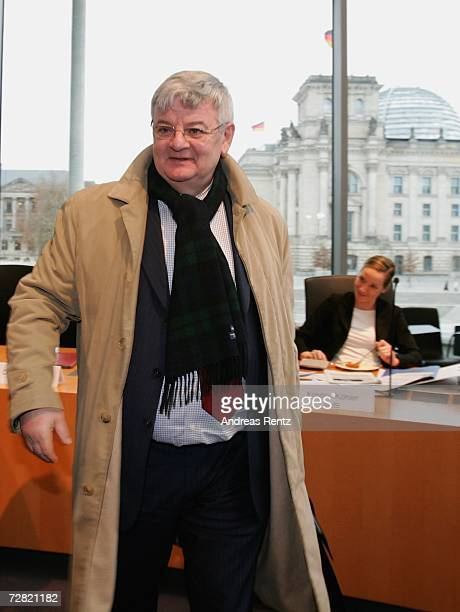 Former German Foreign Minister Joschka Fischer arrives at an opening session of Bundestag hearings on Germany's Iraq war involvement and related...