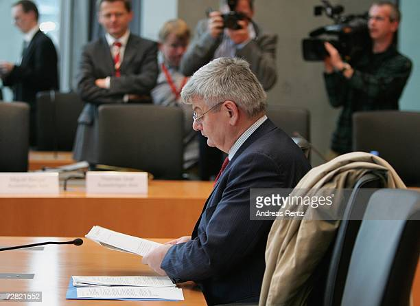 Former German Foreign Minister Joschka Fischer attends an opening session of Bundestag hearings on Germany's Iraq war involvement and related...