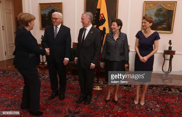 Former German President Horst Koehler attends a dinner in his honor during his 75th birthday next to Koehler's wife Eva Luise Koehler German...