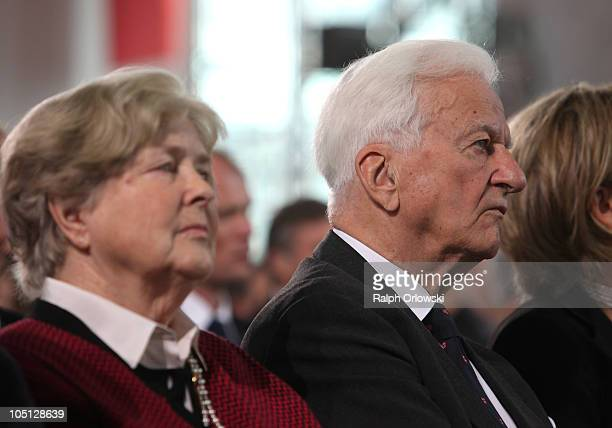 Former German President Richard von Weizsaecker and his wife Marianne von Weizsaecker attend the donation ceremony for the peace prize of the German...