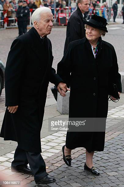 Former German President Richard von Weizsaecker and his wife Marianne arrive for the memorial service for Loki Schmidt wife of former German...