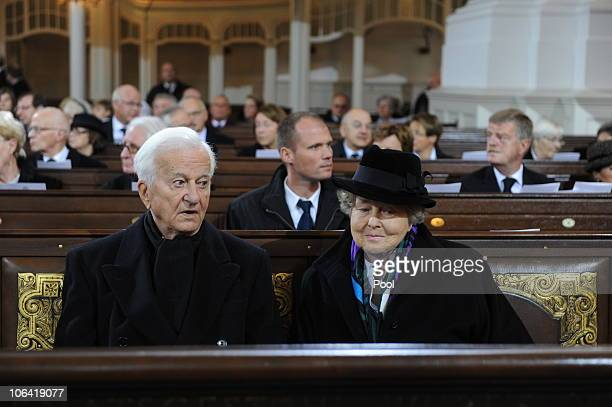 Former German President Richard von Weizsaecker and his wife Marianne attend the memorial service for Loki Schmidt wife of former German Chancellor...