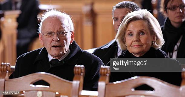 Former German President Roman Herzog and his wife Alexandra Baroness von Berlichingen attend the memorial service for the late former German...