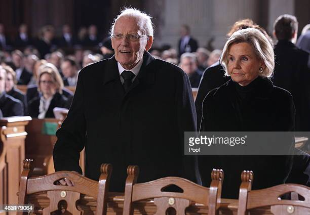 Former German President Roman Herzog and his wife Alexandra Baroness von Berlichingen attend the funeral ceremony for the late former German...