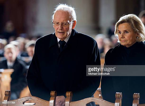 Former german President Roman Herzog and his wife Alexandra Freifrau von Berlichingen attend the memorial service for the late former German...