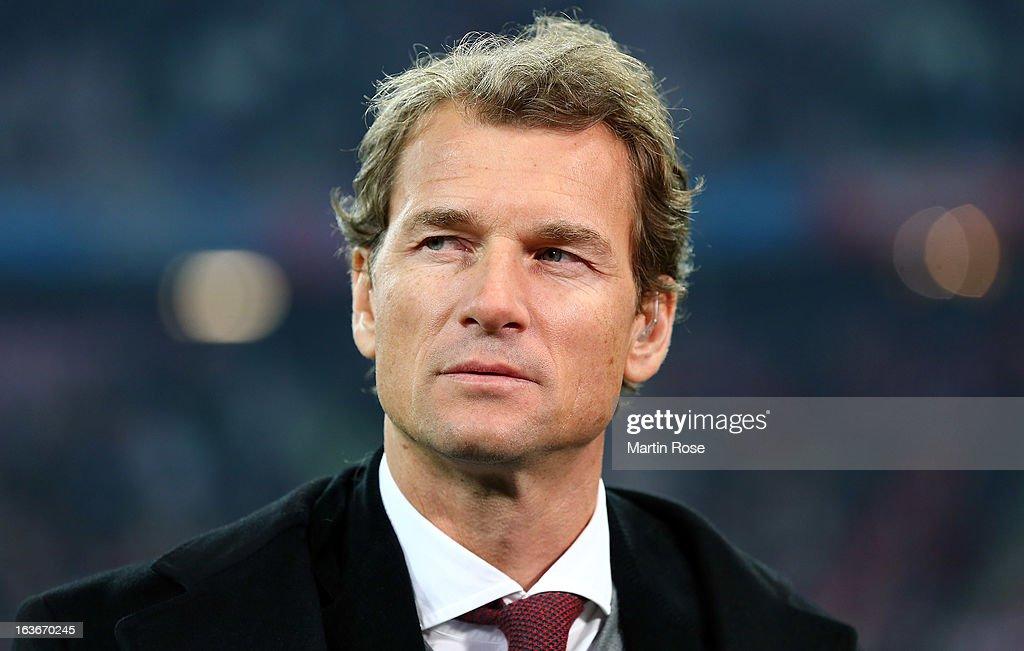 FC Bayern Muenchen v Arsenal FC - UEFA Champions League Round of 16 : News Photo