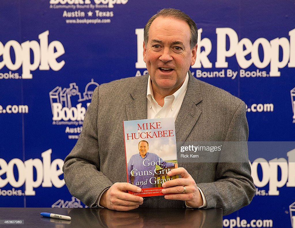 Mike Huckabee Book Signing : News Photo