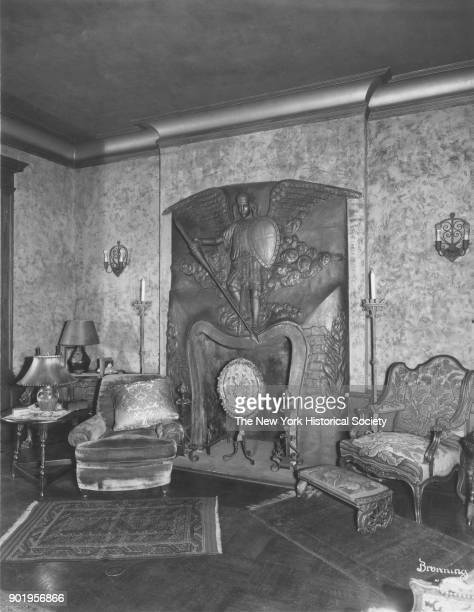 Former home of Fanny Brice 76th Street section of sitting room Long Island New York New York 1929