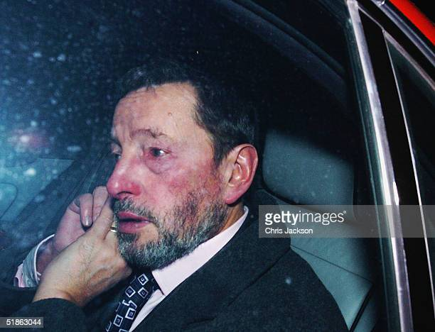 Former Home Secretary David Blunkett leaves the Home Office for the last time, after resigning from his cabinet post on December 15 London, England.