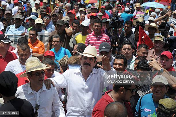 Former Honduran President Manuel Zelaya participates in the May Day march in Tegucigalpa on May 1 2015 AFP PHOTO/Orlando SIERRA
