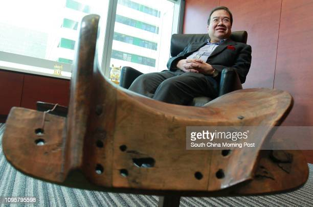 Former Hong Kong Hospital Authority chairman Anthony Wu Tingyuk poses for a photograph in Central 19AUG15