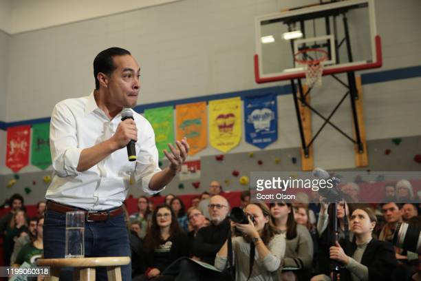 Former housing secretary Julian Castro stumps for Democratic presidential candidate Sen. Elizabeth Warren during a campaign stop at Fisher Elementary...