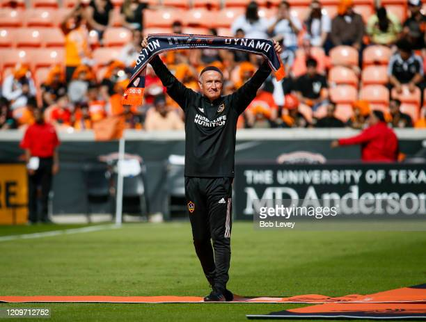 Former Houston Dynamo head coach Dominic Kinnear who led the team to back to MLS championships in 20062007 and his currently a Los Angeles Galaxy...