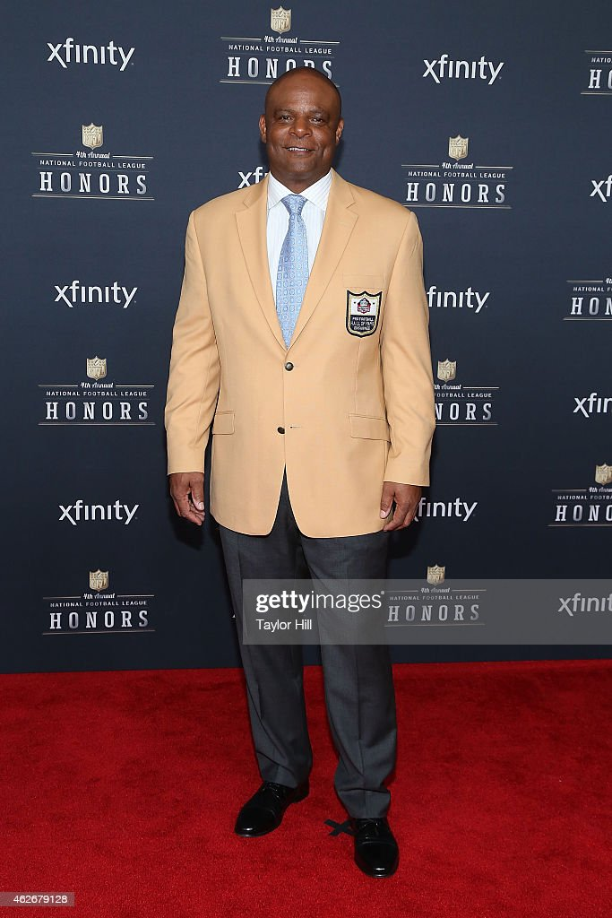 ÊFormer Houston Oilers quarterback Warren Moon attends the 2015 NFL Honors at Phoenix Convention Center on January 31, 2015 in Phoenix, Arizona.Ê