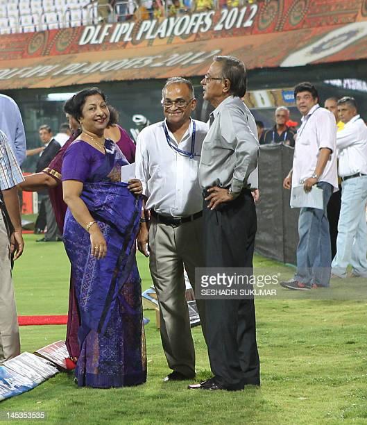 Former Indian Cricket Captain & Umpire S. Venkataraghavan stands next to his wife Ranjani Venkataraghavan while former cricketer Niranjan Shaw smiles...