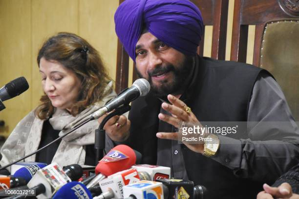 Former Indian cricketerturnedpolitician India's Punjab cabinet minister Navjot Singh Sidhu addressing press conference in Lahore press club Sidhu led...