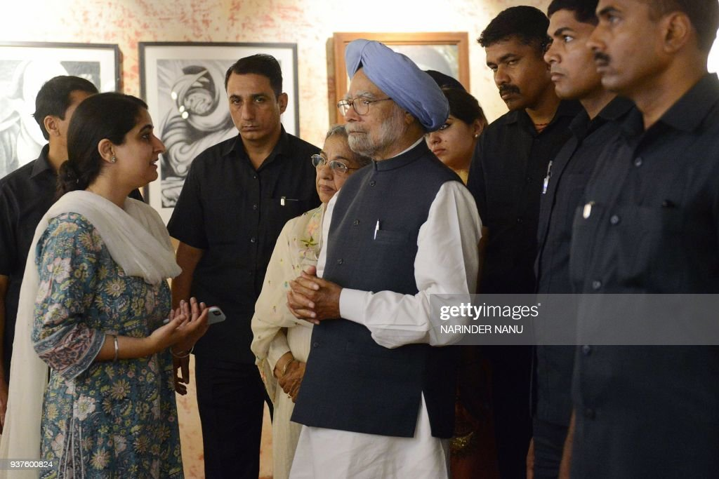 Former Indian prime minister Manmohan Singh visits the Partition museum in Amritsar on March 25 2018 / AFP PHOTO / NARINDER NANU