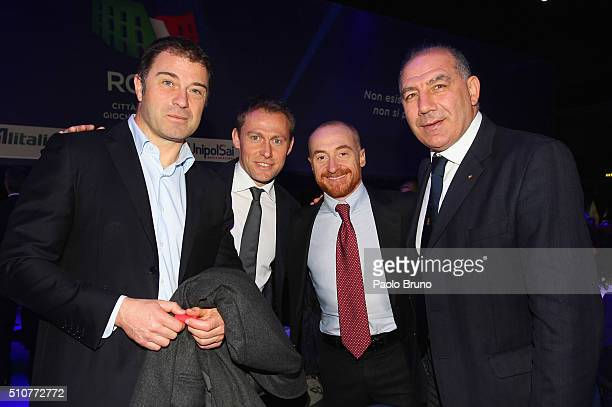 Former Italian champions Antonio Rossi Stefano Baldini Yuri Chechi and Giuseppe Abbagnale pose before the unveiling Rome's bid for the 2024 Summer...