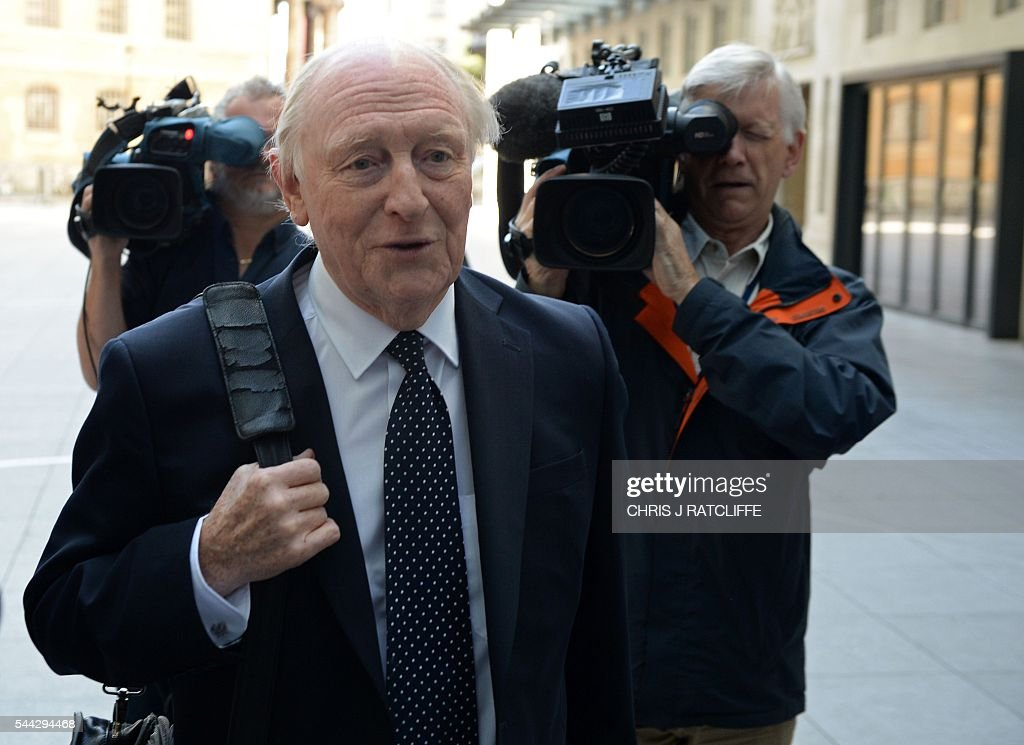 Former Labour party leader Neil Kinnock arrives at BBC television centre in London to appear on 'The Andrew Marr Show' in London on July 3, 2016. / AFP / CHRIS