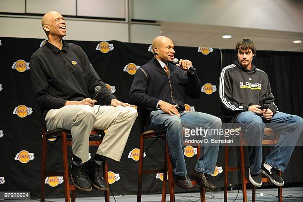 Former Laker Kareem AbdulJabbar and current Los Angeles Lakers Derek Fisher and Adam Morrison address the crowd during Los Angeles Lakers Fan Jam at...