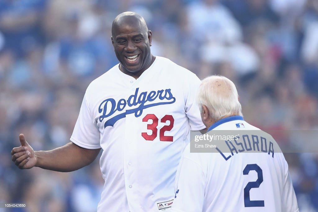 World Series - Boston Red Sox v Los Angeles Dodgers - Game Three : Fotografía de noticias