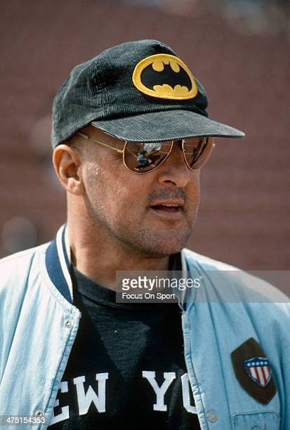 Former Los Angeles Raiders Lyle Alzado looks on from the sidelines during an NFL Football game circa 1991 at the Los Angeles Memorial Coliseum in Los...