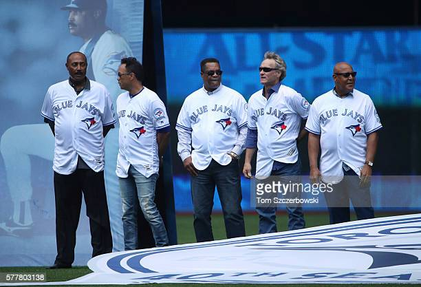 Former manager Cito Gaston of the Toronto Blue Jays and former players Roberto Alomar and George Bell and Kelly Gruber and Otto Velez during the...