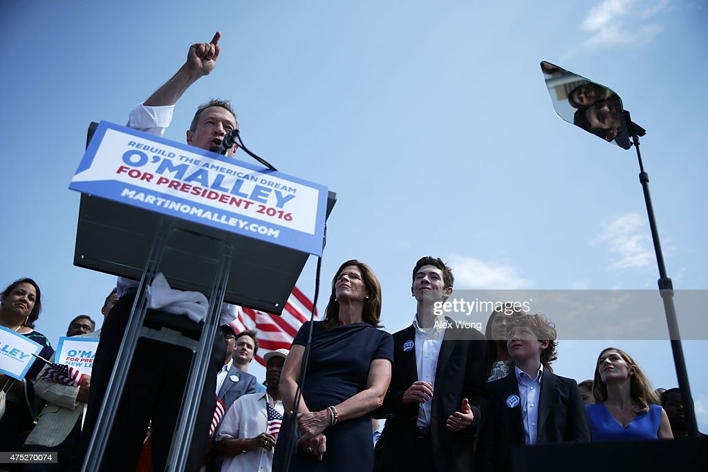 Former Maryland Gov. Martin O'Malley speaks as his wife Katie and his family listen during an event to announce his candidacy for a presidential campaign May 30, 2015 at Federal Hill Park in Baltimore, Maryland. O'Malley was the third Democrat, after former U.S. Secretary of State Hillary Clinton and Sen. Bernie Sanders (I-VT), to throw his hat in the ring for the Democratic nomination.