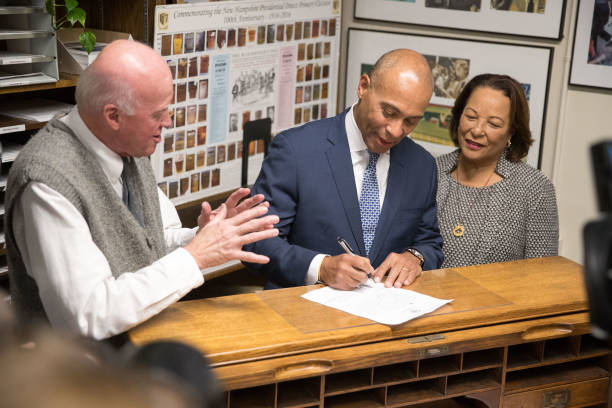 NH: Former Massachusetts Governor Deval Patrick Files Paperwork To Run For President In 2020