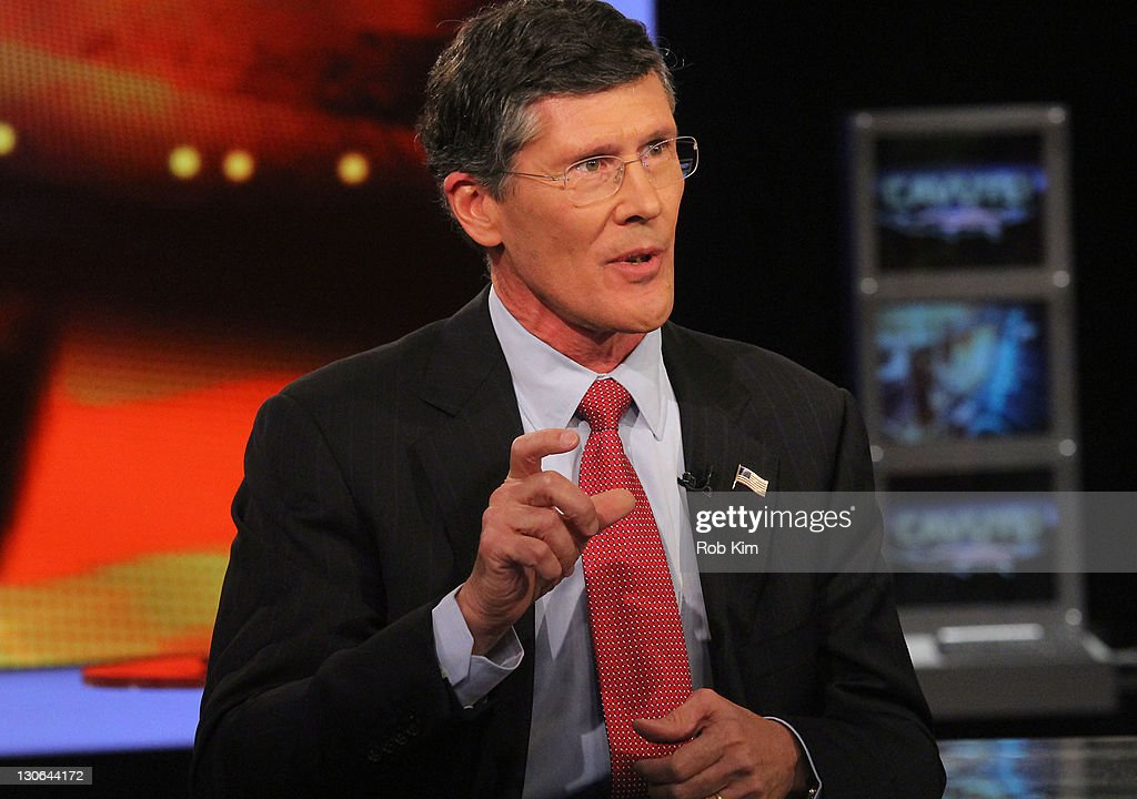 FOX Business Network's Neil Cavuto Interviews Former Merrill Lynch Chief Executive And Current Head Of CIT Group John Thain : News Photo