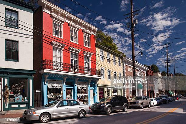 former mill town now antique center, ellicott city, maryland, usa - maryland us state foto e immagini stock
