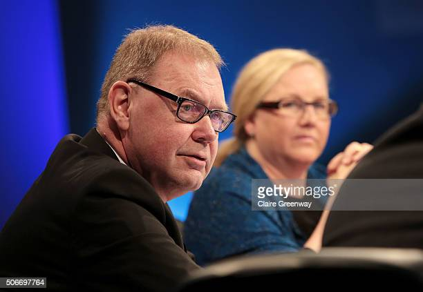 Former Minister of Social Affairs and Employment in the Netherlands, Aart Jan De Geus, and Swedish Minister for Trade, Ewa Bjorling, attend the 'EU...