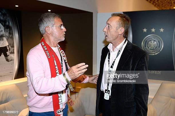 Former national players off German Democratic Republic Joachim Streich and Germany's Gerd Mueller talk during the Club of former national players...