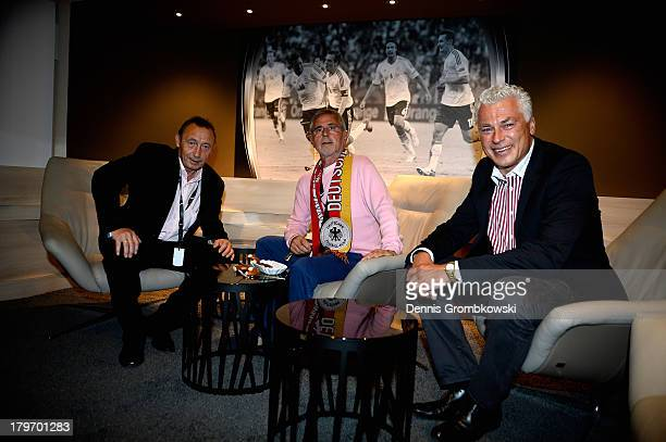 Former national players off German Democratic Republic Joachim Streich, Germany Gerd Mueller and Austria Toni Polster meet during the Club of former...