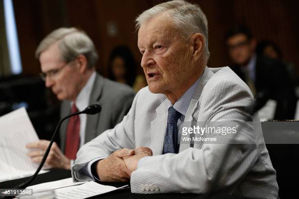 Former National Security Advisor Zbigniew Brzezinski and former assistant to the president for national security affairs Stephen Hadley testify...