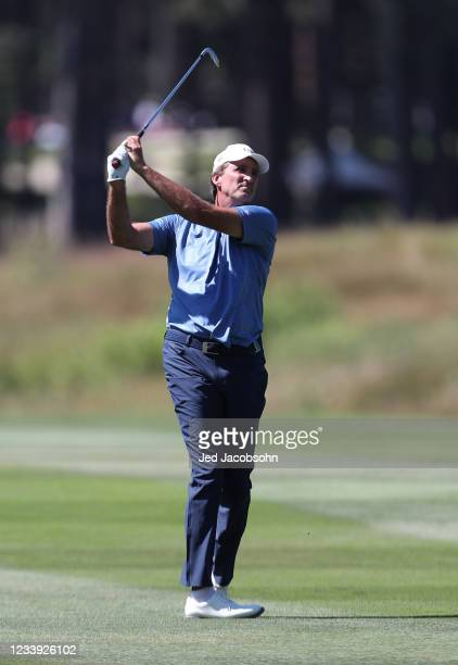 Former NBA athlete Vinny Del Negro hits from the third hole during the final round of the American Century Championship at Edgewood Tahoe South golf...