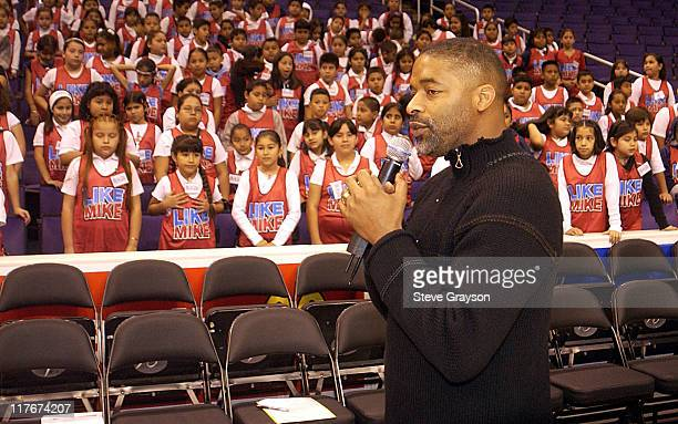 Former NBA great Norm Nixon adresses students from Miles Elementary