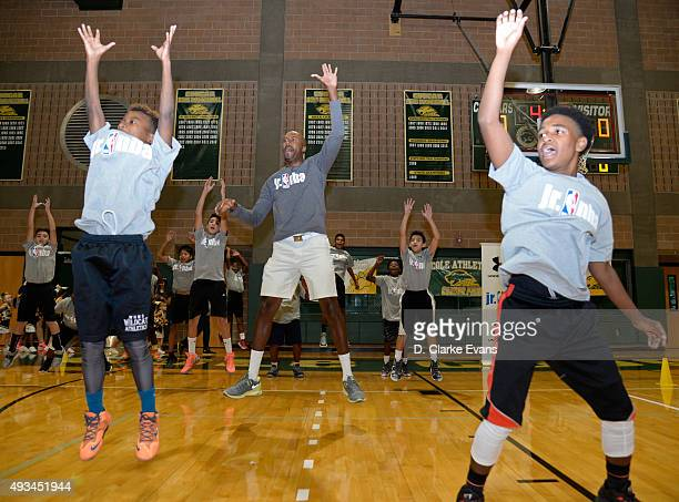 Former NBA player Bruce Bowen hosts a Junior NBA Clinic on October 18 2015 at Fort Sam Houston in San Antonio Texas NOTE TO USER User expressly...